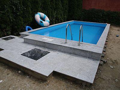 schwimmb der bauen in ungarn informationen der magyar k ria. Black Bedroom Furniture Sets. Home Design Ideas